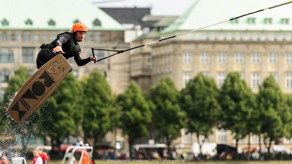 Tobias Dammith zeigt sein Können | Wake Masters 2012 | Hamburg | Fotograf: Ralf Wiechers