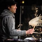 Til Kasmann am Schlagzeug