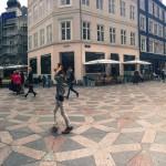 Die Haupt-Einkaufsstraße Stroget in Kopenhagen
