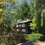 Schönes altes Haus im Grünen